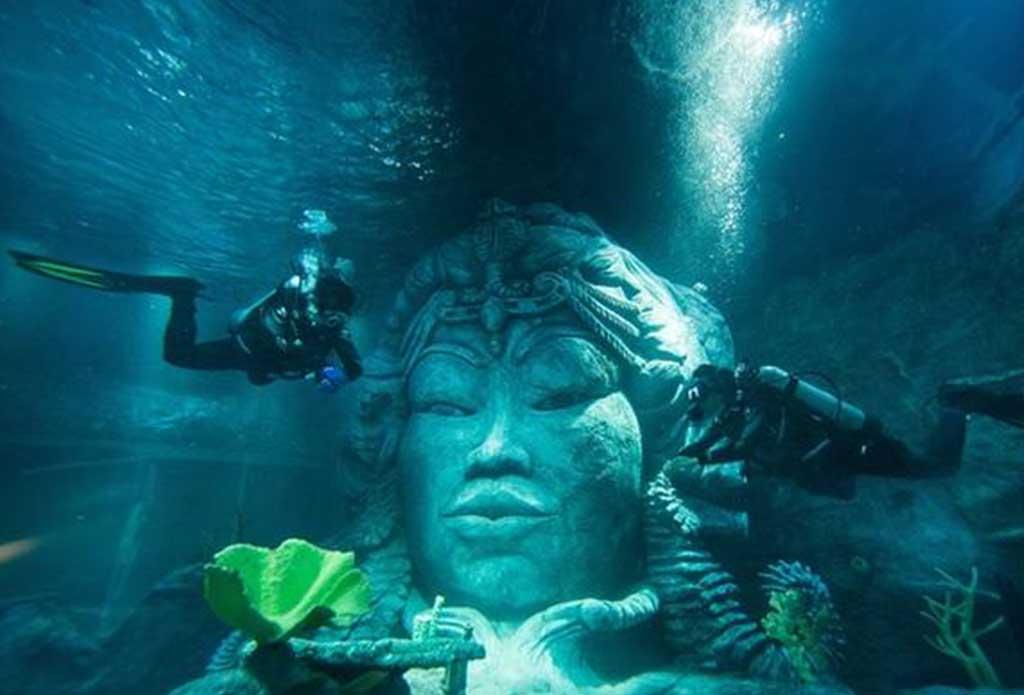重庆杜莎夫人蜡像馆、海洋探索中心一日游